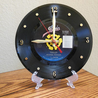 """MICHAEL JACKSON 45rpm Record Clock 7"""" For Desk or Wall (Thriller) - Stand Included"""