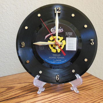 "MICHAEL JACKSON 45rpm Record Clock 7"" For Desk or Wall (Thriller) - Stand Included"