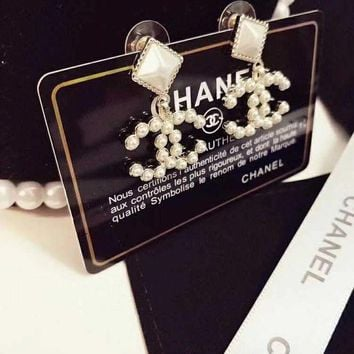 LMF3DS Chanel Stylish Ladies Logo Charm Rhombic resin earrings for ear