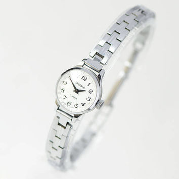 Very small women watch bracelet Seagull silver shade classical watch tiny for lady gift stainless steel bracelet or premium leather strap