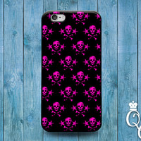 iPhone 4 4s 5 5s 5c 6 6s plus + iPod Touch 4th 5th 6th Generation Cool Pink and Black Cute Skull and Crossbone Pirate Pattern Cover Fun Case