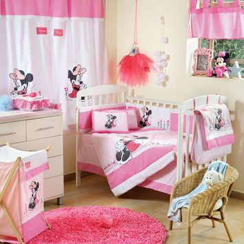 Disney Baby Minnie Mouse Flower Crib Set