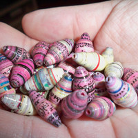 pinks paper bead collection by eclecticnesting on Etsy