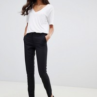 New Look pants with slim leg in black | ASOS