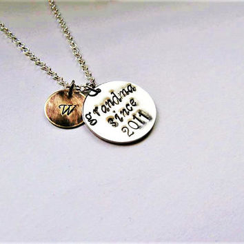 personalized grandma est necklace initial jewelry gift for gran