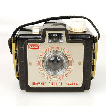 Vintage 1950s Kodak Brownie Bullet Camera