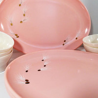 Watertown Lifetime Ware Pink Melamine set of 4 Seed pattern Oval Platters with 5 Lenox Ware Melamine white cups