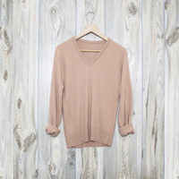 Vintage SOFT Vneck Neutral Oatmeal Beige Sweater