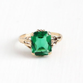 Vintage 10k Rosy Yellow Gold Simulated Emerald Ring - Size 6 Retro 1950s Mid Century Faceted Green Glass Stone May Birthstone Fine Jewelry