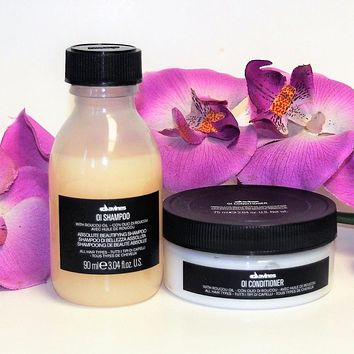 TRAVEL DUO! DAVINES OI ABSOLUTE BEAUTIFYING SHAMPOO AND CONDITIONER 90 ml / 75 ml