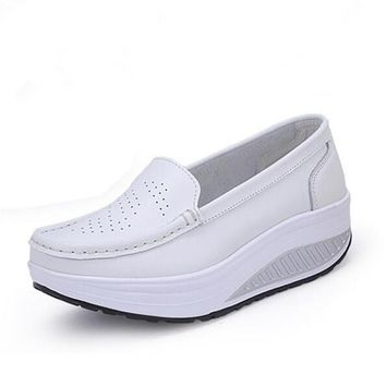2016 spring genuine leather mother casual casual shoes swing shoes white nurse shoes
