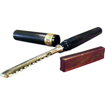 Vintage Safety Razor - Arnold Fountain Pen with Blade and Tin