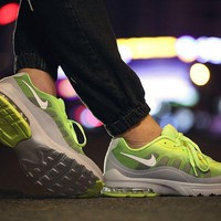 Nike Air Max Invigor Print Yellow/Grey