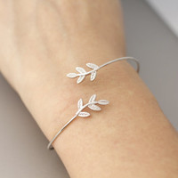 Little Leaf Bracelets, bangle in White Gold, Gold, Pink Gold colors availalble