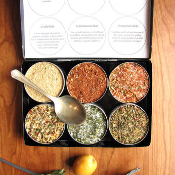 Gourmet seafood rubs kit. A great gift for the grilling guy.