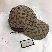 GUCCI GG canvas baseball hat with Web