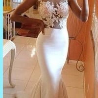 Gorgeous Mermaid Prom Dresses 2017 Hot Sale Sexy White Lace Appliques Ruffles Floor Length Evening Gown For Wedding Plus Size