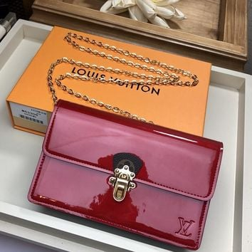 Kuyou Lv Louis Vuitton Gb1978 M63306 Pink Cherrywood Chain Wallet 19.5x 12.0x 4.0 Cm