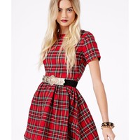 Missguided - Lupita Tartan Skater Dress In Red