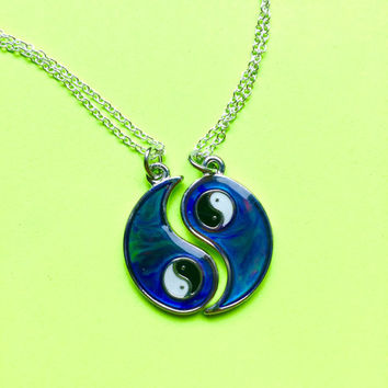 90's BFF Mood Ying Yang Friendship Necklaces Set