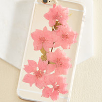 Efflorescent Messages iPhone 6/6s Case in Rose | Mod Retro Vintage Wallets | ModCloth.com