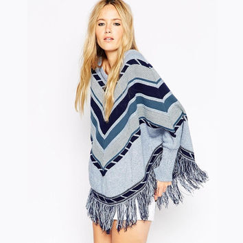 Geometric Patterned Fringed Sweater