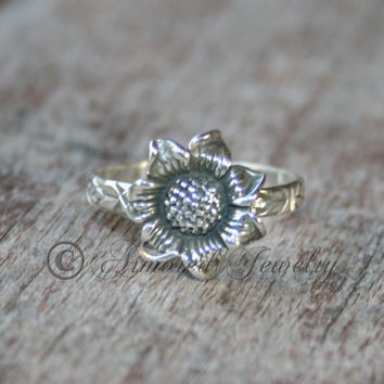 Sunflower Ring- Sterling silver - flower band - Floral - Sterling silver ring - Wildflower - Wild flower