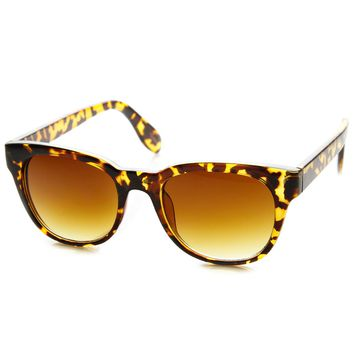 Unisex Retro Fashion Modified Horn Rimmed Sunglasses