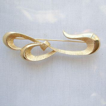 Daria Retro Mod Brooch Flowing Ribbon Vintage Jewelry