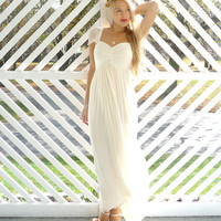 Odessa: Sweetheart boho hippie wedding dress with cap sleeves