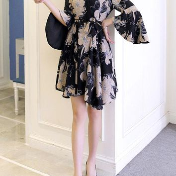 Casual V-Neck Printed Shift Dress With Bell Sleeve