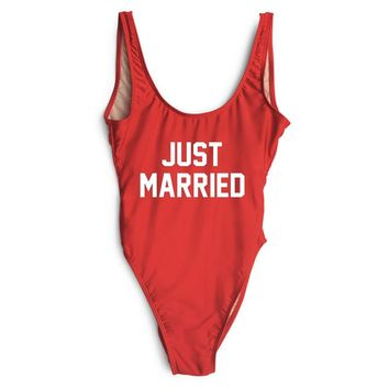 JUST MARRIED Text Print - Women's Sexy Sporty One-Piece Swimsuit - High-Cut