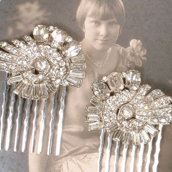Art Deco Hair Combs Pair Rhinestone Bridal Vintage Silver Crystal Dress Clips 1920 Hair Accessory, Antique Flapper Headpiece Gatsby Wedding