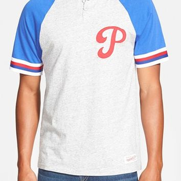 Men's Mitchell & Ness 'Philadelphia Phillies - Visiting' Raglan Henley,