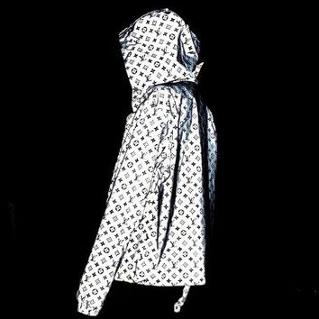 LV 2019 new men and women models thin reflective full-print hooded jacket