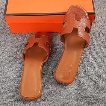 Hermes Classic Hot Sale Women Leather Slipper Sandals Shoes Broewn