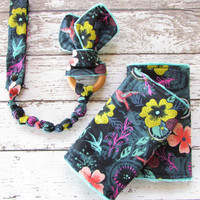 Hummingbirds Suck Pads To Match MJ SSC - Babywearing Drool Pads, Ready to ship