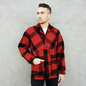 Vintage Filson Double Mackinaw Plaid Fishing / Hunting / Sporting Jacket in Red Flannel