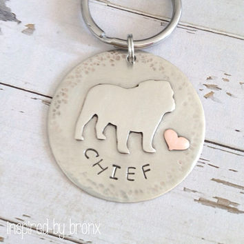 Custom Dog silhouette Keyring, Personalized pet keychain, Pet Keyring, Bulldog, Hand Stamped English Bulldog keychain
