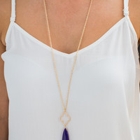 Quatrefoil and Purple Stone Necklace in Gold