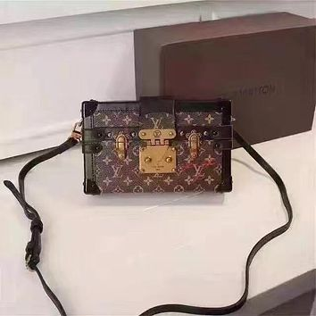 LV Louis Vuitton WOMEN'S Limited Edition LEATHER PETITE MALLE SHOULDER BAG