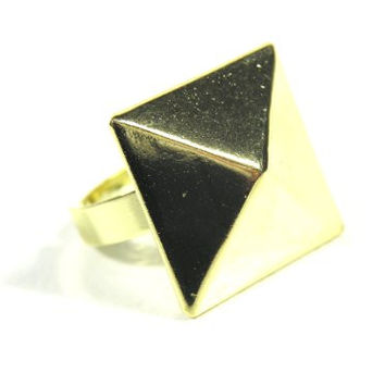 Pyramid Stud Ring Adjustable Gold Tone Glam Punk Triangle Spike RH34 Geometric Cocktail Fashion Jewelry