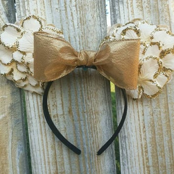 White and gold minnie ears