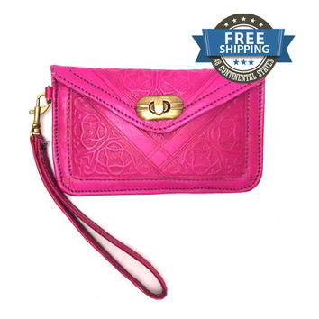 Fuchsia Handmade Leather Purse,Moroccan Clutch, Leather Clutch, Fuchsia Leather Clutsh, Wristlet, Wallet, Evening Bag, Coin Purse, Moroccan