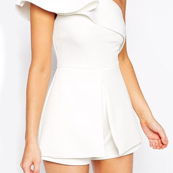 White One-shoulder Ruffle Slim Jumpsuit