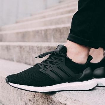 Adidas Ultra Boost Comfortable Running Breathable Sneakers B-CSXY Ligh Black/white soles