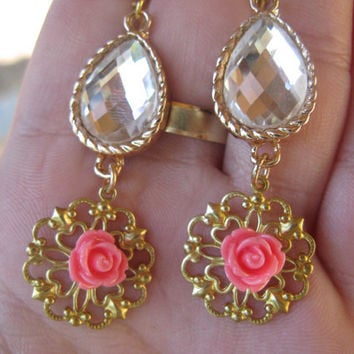 Gold Framed Glass Pendant Earring,white crystal earring with cabochon flower