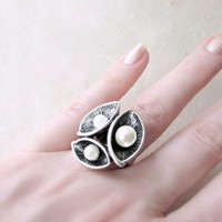 Silver Calla Lily Flower Ring with White Pearls