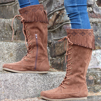 Veronah Lace-Up Moccasin Boot {Chestnut}