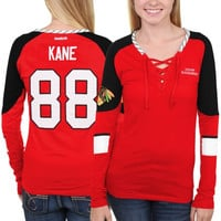 Patrick Kane Chicago Blackhawks Reebok Women's Faceoff Player Lace-Up Long Sleeve T-Shirt – Red